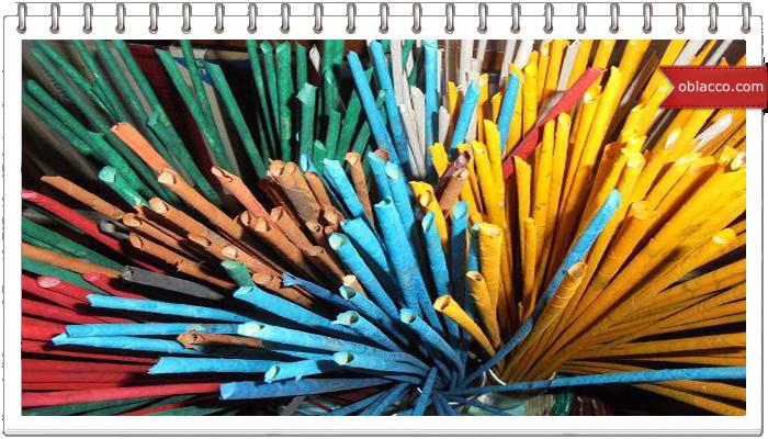 шаблонДвухцветное спиральное плетение из газет