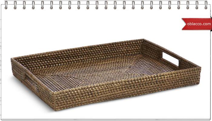 Плетеный поднос с деревянным дном