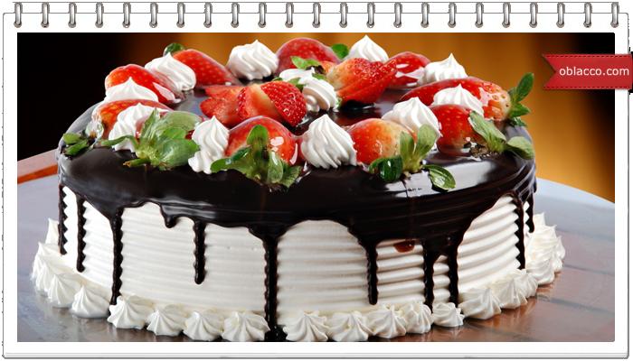 Необычное украшение торта с помощью пузырчатой ленты