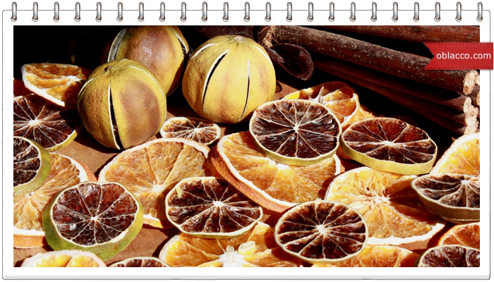 Декор из сушеных апельсинов и корицы