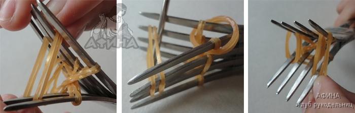 Обезьянка из резинок Обезьянка из резинок на карандашДля плетения такой забавной обезьянки не потребуется станок. Нужно взять только резинки коричневого, сливочного и черного цветов, вязальный крючок и две обычные столовые вилки. Вилки необходимо соединить между собой скотчем для удобства вязания обезьянки из резинок. Плетение из резинок на вилках напоминает плетение браслетов на специальном станке. Обезьяна из резинок 126 Представленный пошаговый мастер-класс с пояснениями и картинками в хорошем качестве поможет вам связать обезьяну без проблем. Резинку сложить вдвое и надеть восьмеркой на два средних противоположных столбика: Обезьяна из резинок 132 Сложить вдвое резинку и надеть восьмеркой по диагонали на крайние столбики. Получится так: Обезьяна из резинок 133 Обезьяна из резинок 134Затем взять еще одну резинку и сделать также по другой диагонали: Обезьяна из резинок 135 Взять три пары резинок и надеть их соответственно на две пары крайних столбиков и на одну пару средних столбиков. Обезьяна из резинок 138 139 140 Скинуть скрученную вдвое самую нижнюю резинку со всех трех столбиков на одной вилке. Вилку перевернуть и проделать то же самое с другой стороны. Обезьяна из резинок 141-148 Сложить одну резинку вдвое и надеть на одну вилку: Обезьяна из резинок 150 Взять две пары резинок и надеть по паре на крайние парные столбики вилок: Обезьяна из резинок 153 Включаем в работу светлые резинки. Пару резинок cливочного цвета надеть на центральные столбики: Обезьяна из резинок 155 Ту резинку, которую мы скручивали вдвое, скинуть в серединку: Обезьяна из резинок 156 Вот процесс ее скидывания в середину с другого ракурса: Обезьяна из резинок 157 Это результат: Обезьяна из резинок 158 Скинуть все нижние пары резинок с обеих вилок: Обезьяна из резинок 159-161 Результат со стороны одной вилки выглядит так: Обезьяна из резинок 163 С другой вилкой поступить также. И вот, что получится внутри между вилками: Обезьяна из резинок 165Начнем делать глазки обезьянке. Для этого необход