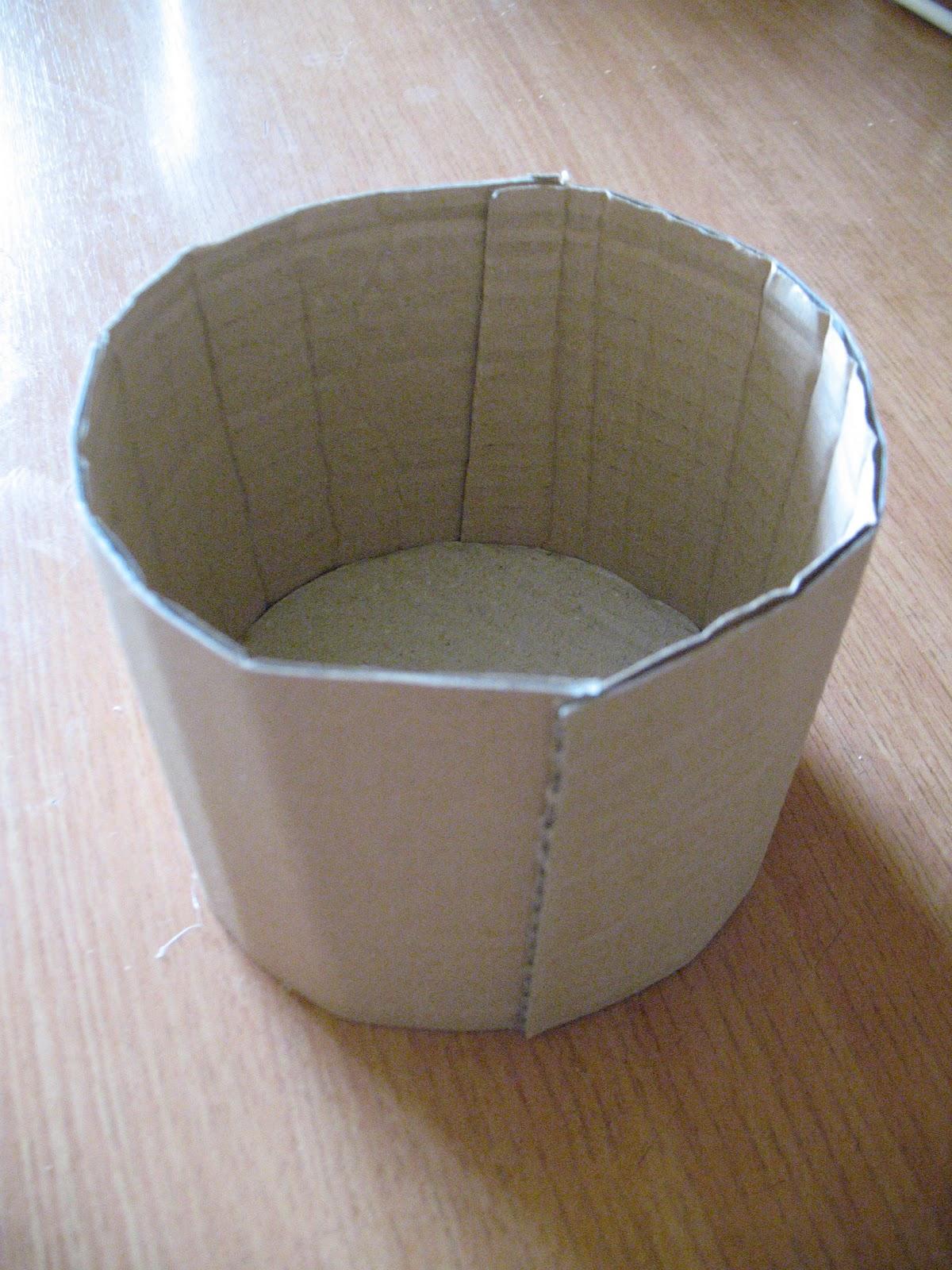 Как из подручных материалов сделать корзинку