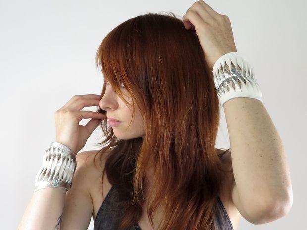 Как сделать браслет из кожи своими руками? 359