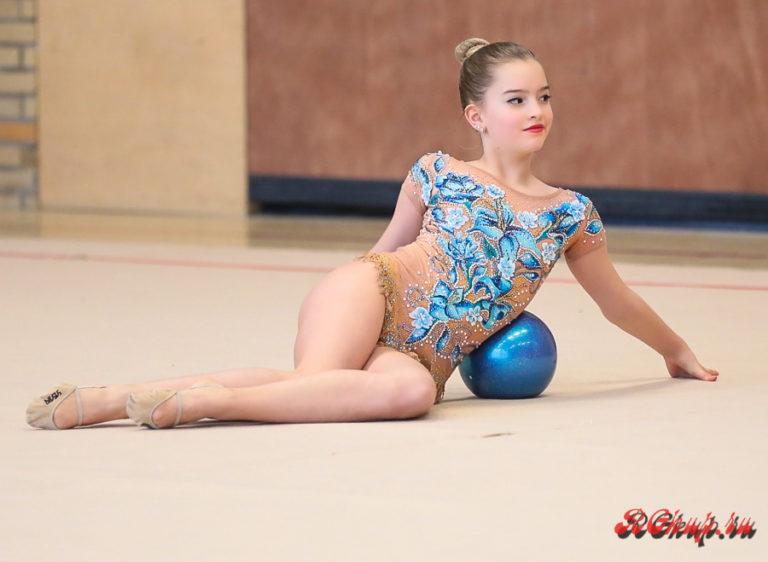 Художественная гимнастика для девочек   oblacco