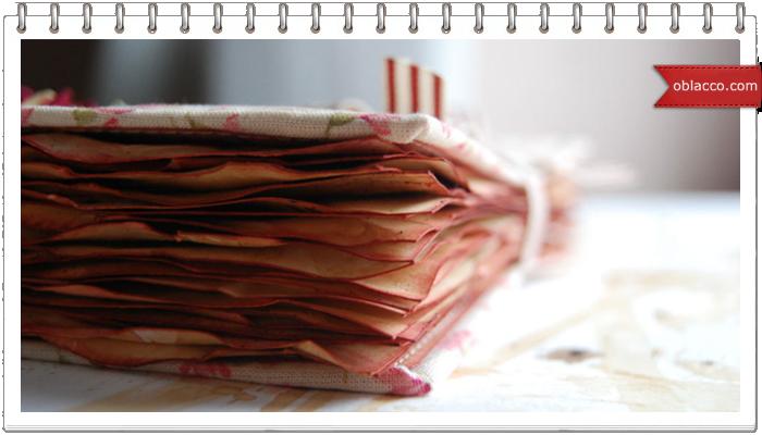 Декор дна плетеной корзины мятой бумагой