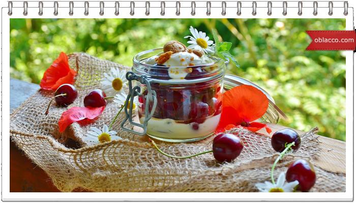 Свеча «Вишневый десерт» своими руками