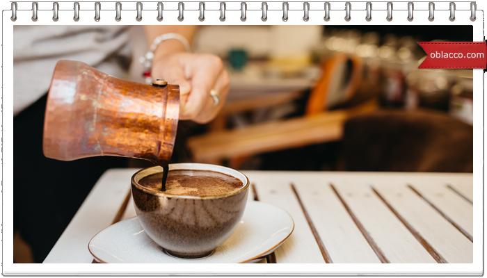 Чашечка горячего кофе делает осень еще уютнее