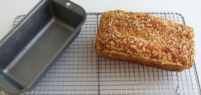 Хлеб с сердечком в разрезе, вкусная валентинка