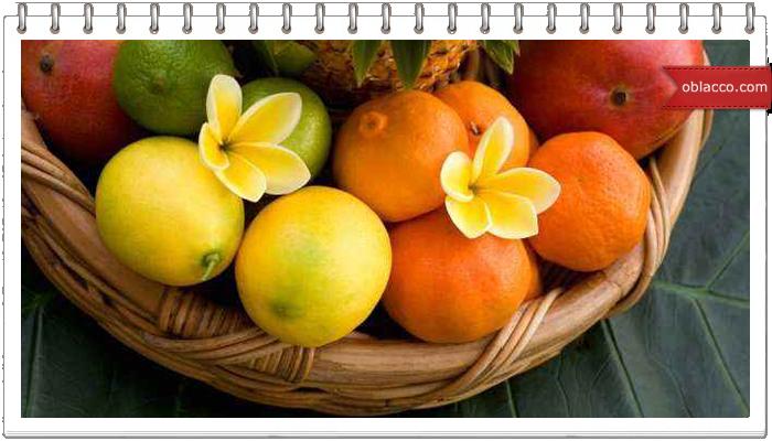 Ваза для фруктов двухъярусная, плетение из бумаги