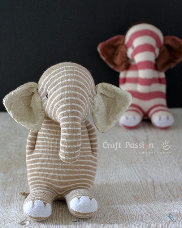 Слоник своими руками из носков