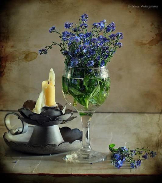 бокал с цветами