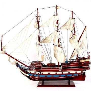 деревянная модель кораябля