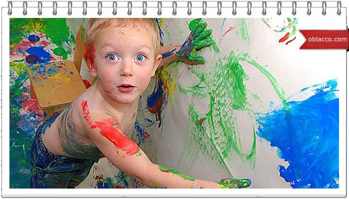 Ребенок разрисовал стены краской. Говорит, автомобиль