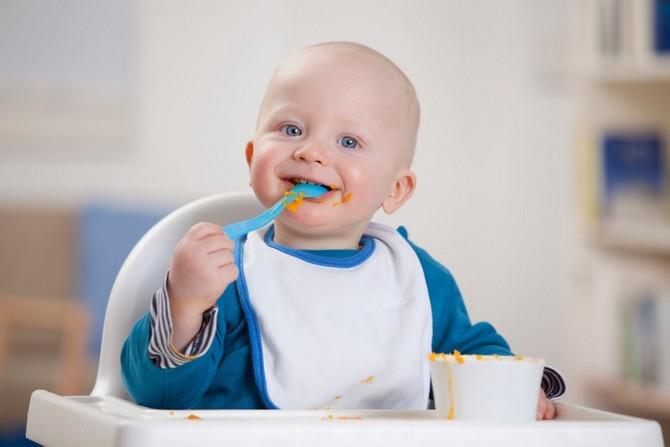 учим ребенка кушать самостоятельно