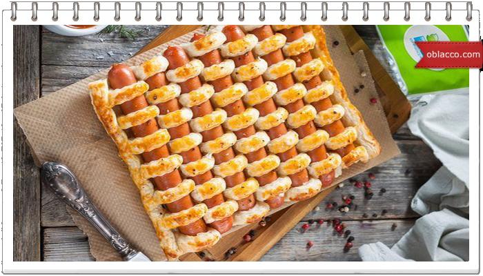Пирог с сыром, перцем и сосисками на скорую руку