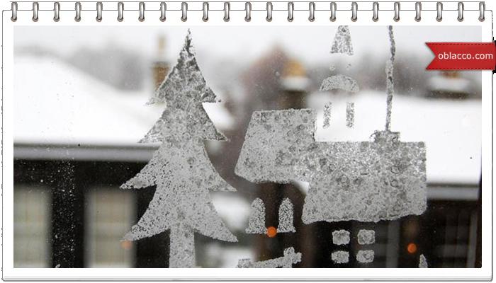 Простой способ украсить окна на Новый год зубным порошком
