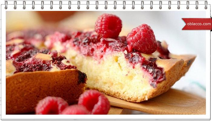 Дрожжевой пирог со сливами под хрустящей крошкой
