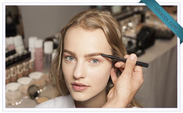 Парижский стиль в макияже