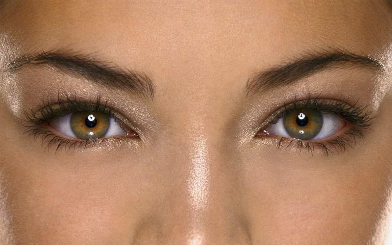 Красивые женские глаза