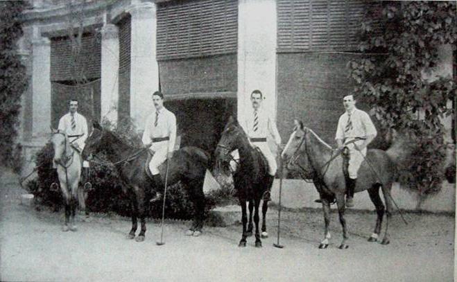 Кавалеристы Уланского полка – члены клуба по поло города Рагби (Уорикшир), конец XIX века